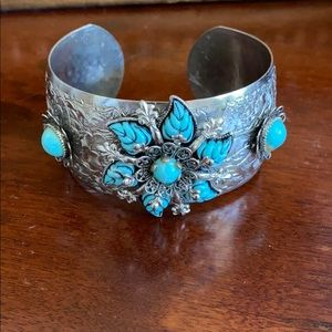 Vintage Turquoise Silver Cuff